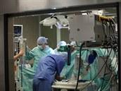 Unikátní transplantace pěti orgánů najednou (19. prosince 2014)