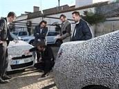 Prototyp Škody Superb třetí generace v maskování při testech v Portugalsku