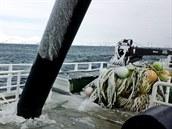V�hled z ryb��sk� lodi v Beringov� mo�i