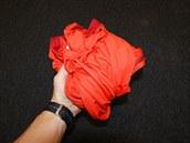 Svými rozměry tato bunda spadá spíše mezi objemnější.