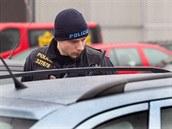 V t�chto dnech mohou zákazníci obchodních center �ast�ji vid�t policejní hlídky...
