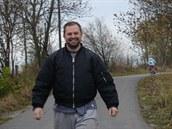 Pavel zatím neví, že na cyklostezce se dá i běhat