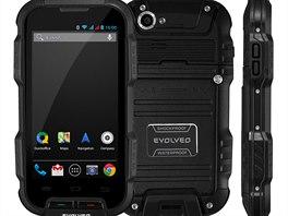 Odolný smartphone Evolveo Q4 pro opravdu hrubé zacházení za 6 489 Kč