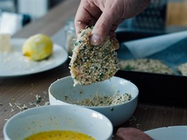 příprava krůtího řízku v quinoovém trojobalu