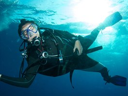 Denisa Lhotová z Hořic v Podkrkonoší při potápění v Egyptě.