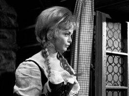 Eva Hrušková jako Popelka v televizní inscenaci z roku 1969