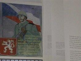 Na myšlenky jezuitů dohlíží i komunistický voják, reminiscence na někdejší využití budovy.