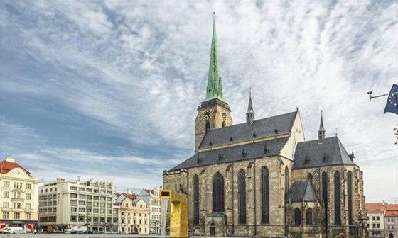 Během zahajovací ceremoniálu se rozezní zvony v katedrále sv. Bartoloměje