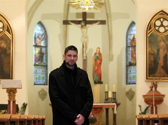 Farář René Václav Strouhal má plný kostel nejen na Štědrý den.