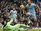 BLÍZKO GÓLU. Pablo Zabaleta (druhý zprava), obránce Manchesteru City, měl v zápase anglické ligy proti Crystalu Palace dobrou příležitost ke skórování, kterou ale neproměnil.