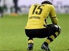 ZKLAM�N�. Obr�nce Borussie Dortmund Mats Hummels je smutn�, proto�e jeho t�m se nach�z� po polovin� n�meck� ligy na sestupov� p���ce.