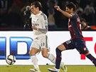 Záložník Realu Madrid Gareth Bale (vlevo) v akci během finálové zápasu mistrovství světa klubů.