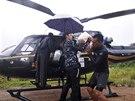 Evakuov�no bylo p�es 105 tis�c lid� ze st�t� Kelantan, Terengganu, Pahang, Perak a Perlis.(26. prosince)