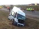 U Spomyšle se kolem čtrnácté hodiny srazila dodávka a osobní auto a  vzápětí i kamion (28. prosince)