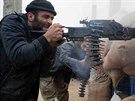 Islámský stát může padnout, burcují Kurdové. V Kobani jdou příkladem