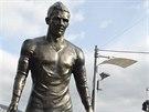 Cristiano Ronaldo společně s rodinou odhaluje svoji sochu ve městě Funchal na Madeiře, svém rodišti.