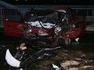 Na mostě u Nymburka se srazila dvě auta.