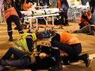 Na pěti místech v Dijonu srážel muž autem chodce a provolával Alláhu akbar. Stav dvou zraněných je vážný.
