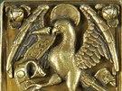 Fotografie znázorňují i výzdobu nedostupných svazků - například takzvané nárožnice z desek Míšeňské právní knihy z 15. století.