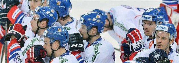 NEDA�Í SE. �e�tí hokejisté v nové sezon� stále �ekají na výhru. Na obou...