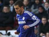 GÓLOVÁ AKCE. Míč si vede Eden Hazard, který vstřelil v utkání proti Southamptonu vyrovnávací branku Chelsea.