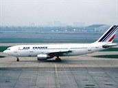 Letoun A-300 společnosti Air France, který byl v roce 1994 cílem teroristického útoku v Alžírsku.