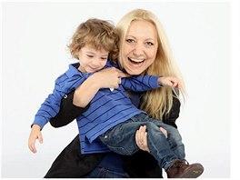 Umělkyně Ivona Danziger se synem Lousiem