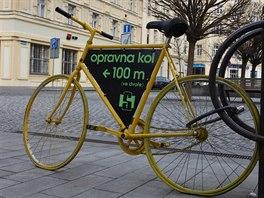 Hradečáci jsou vášniví cyklisté, kolo používá k běžné přepravě po městě až čtvrtina obyvatel.