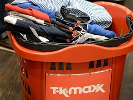 V Berlíně narazíte i na několik zajímavých outletů. Určitě byste si neměli nechat ujít TK Maxx blízko Alexanderplatz. Za značkové oblečení tu zaplatíte jen pár desítek euro.