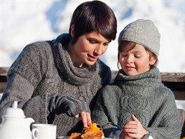 Tiramisu a bombardino: na kalorie nehleďte. Obě dobroty si zaslouží být vychutnány bez výčitek svědomí.